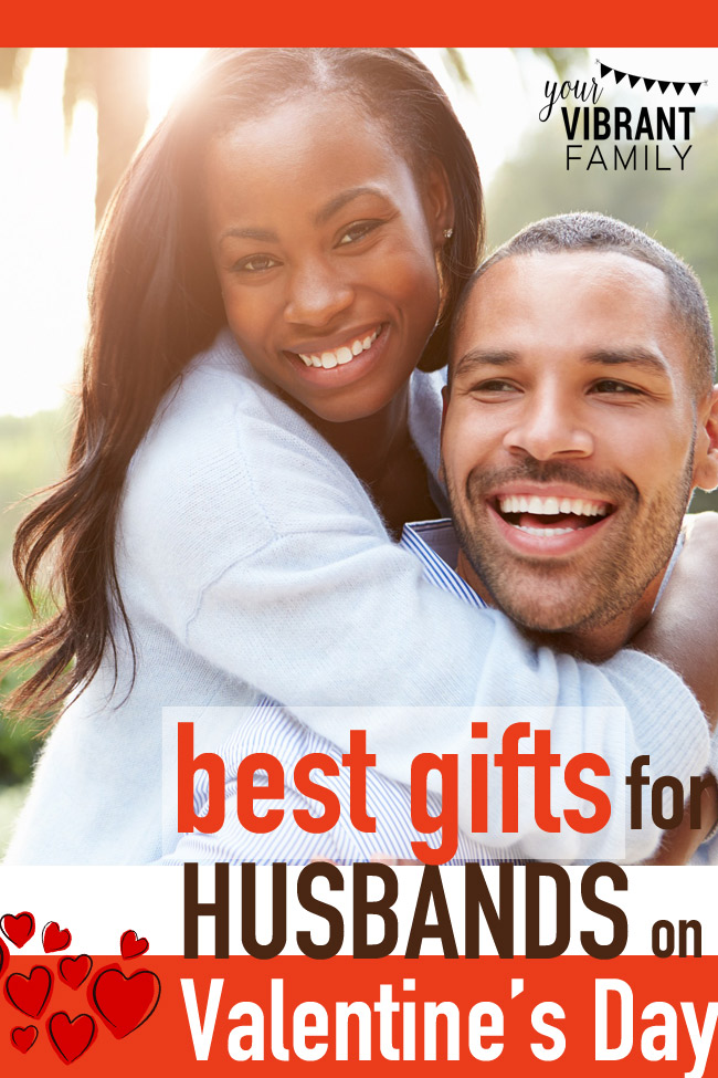 I've gathered some of the best romantic gifts for men for some awesome inspiration. I'm going to be referring to these gift lists for my Valentine's Day gifts this year, and thought you'd like to take a peek too!